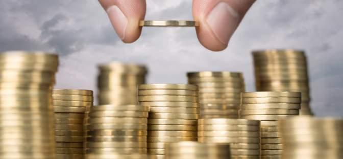 نقش تورم و نقدینگی در پیش بینی قیمت آهن